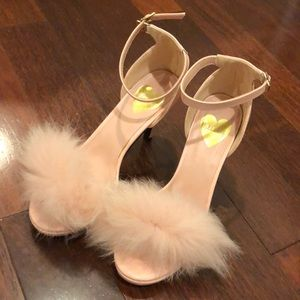 Lillilly Japanese fluffy light pink high heels